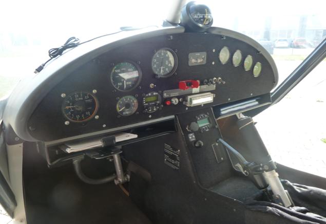 Comco-Cockpit